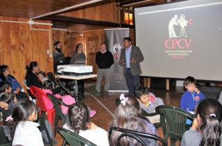 JUNJI y el Centro de Promoción Cinematográfica de Valdivia (CPCV) presentan logros del taller en tecnología a comunidades de zona rural