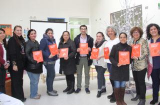 """Presentan """"Política de Trabajo con Familias"""" en Los Lagos"""